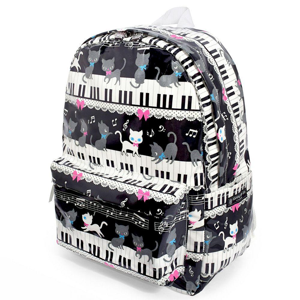 リュックサック(チェストベルト付き) ピアノの上で踊る黒猫ワルツ(ブラック)_1