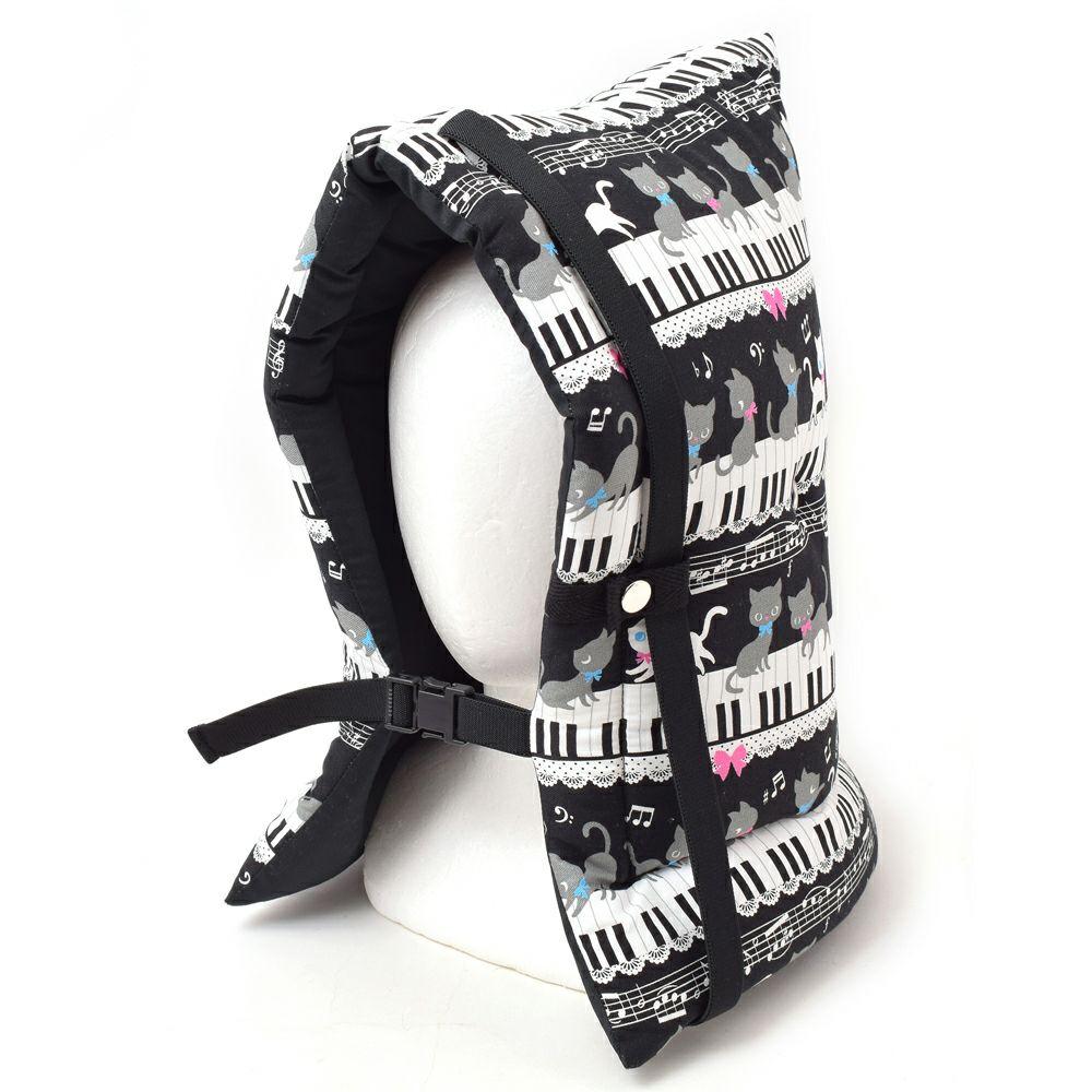 防災頭巾(椅子固定ゴム付き) ピアノの上で踊る黒猫ワルツ(ブラック)_1